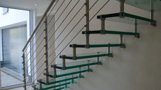 Sevilla Glass Straight by Siller Treppen | Staircase systems