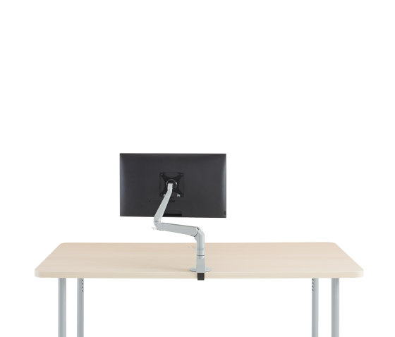 FSMA Evolution by Steelcase | Table equipment