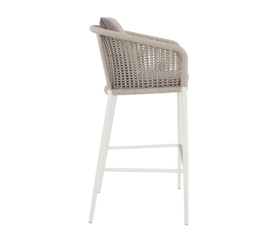 KNOT BARSTOOL WITH ARMS by JANUS et Cie | Bar stools