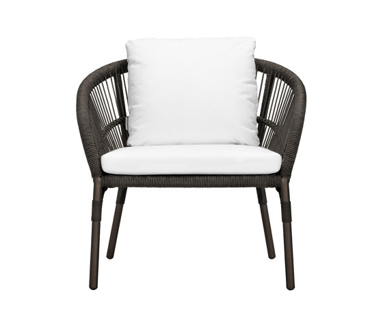 NEXUS LOUNGE CHAIR XL di JANUS et Cie | Poltrone