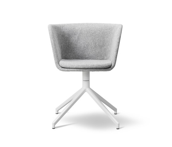 Verve Swivel by Fredericia Furniture | Chairs