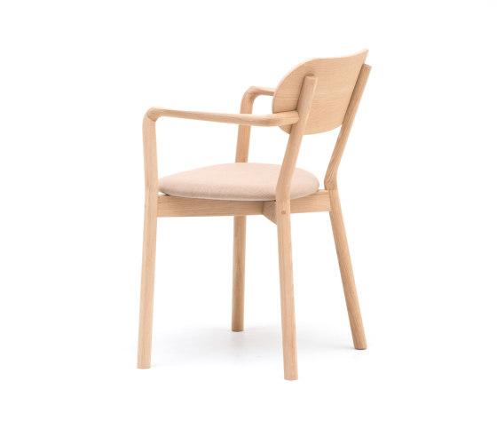 Castor Armchair Plus Pad von Karimoku New Standard   Stühle