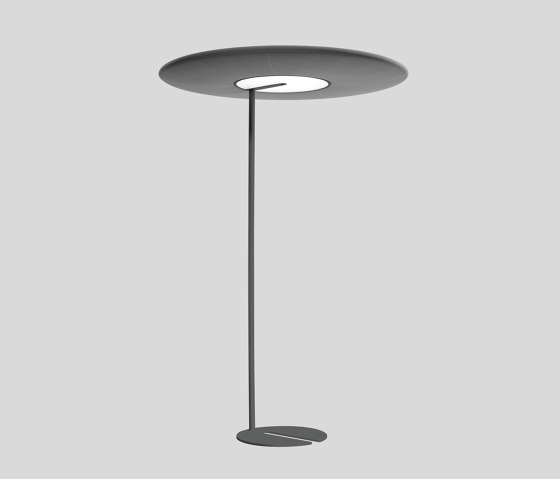 SONIC standing excentric and absorber by XAL | Free-standing lights