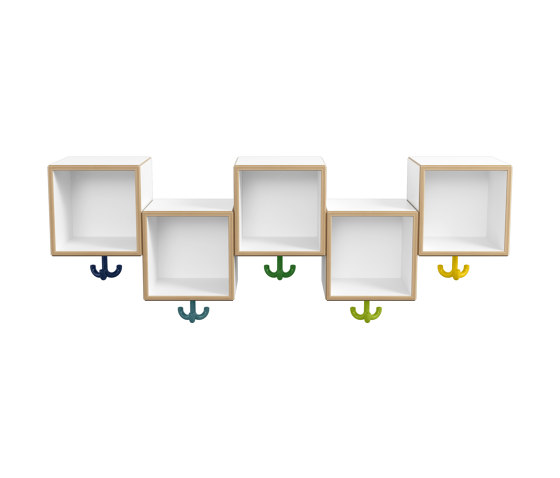Asymmetric row module, 5 places with triple hooks | M20.03.001 di HEWI | Guardaroba infanzia