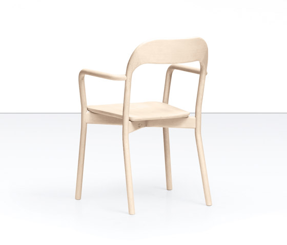EARL CONTRACT_94-12/4 by Piaval | Chairs