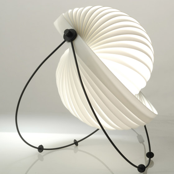 Eclipse Table lamp by Objekto | Table lights