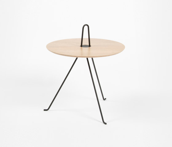 Tipi - 37cm/Oak by Objekto | Side tables