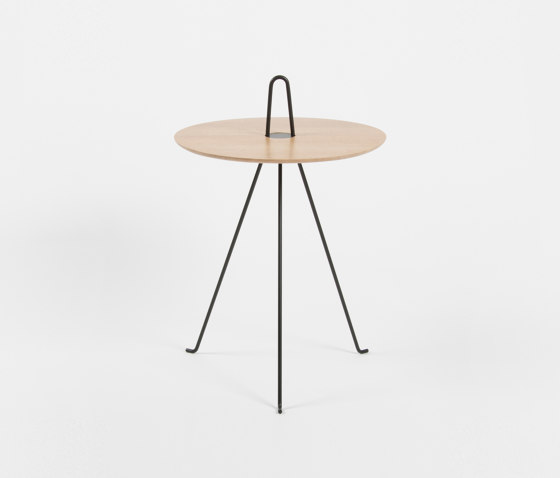 Tipi - 52cm/Oak by Objekto | Side tables