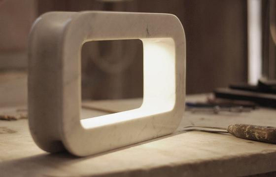 Antenna di martinelli luce   Lampade tavolo