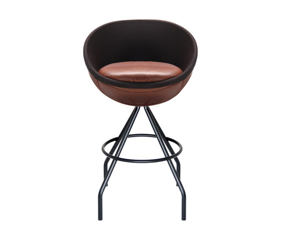 lillus wembley   bar stool by lento   Bar stools