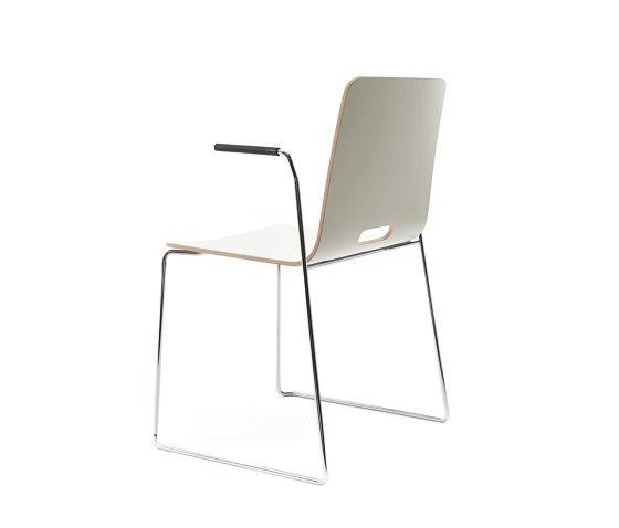 sitting smartKA | Kufenstuhl mit integrierten Armlehnen von lento | Stühle