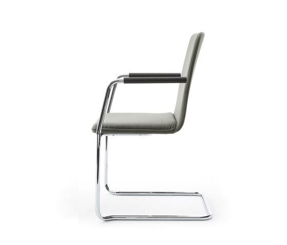 sitting smartF | Freischwinger mit integrierten Armlehnen von lento | Stühle