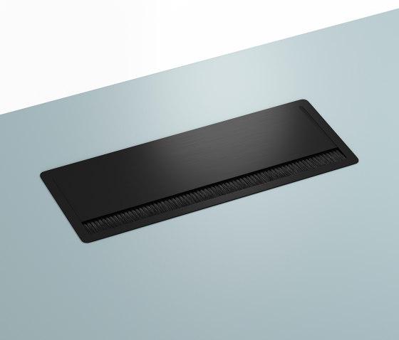 Plug wells | HiLow table component di Montana Furniture | Prese USB