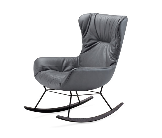 Leya   Rocking Wingback Chair de Freifrau Sitzmöbelmanufaktur   Sillas