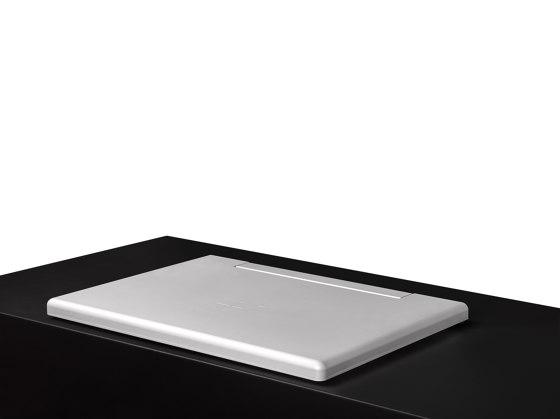 AH2 by Arthur Holm | Flat screens