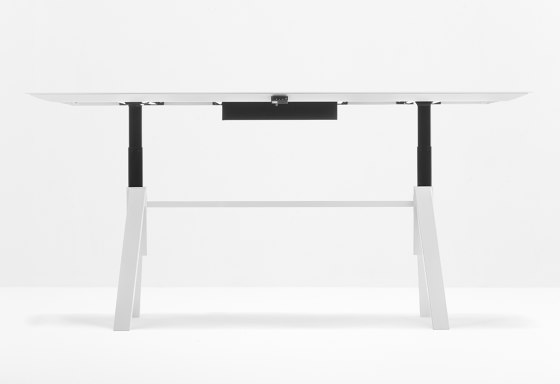 Arki - Table Adjustable by PEDRALI | Contract tables