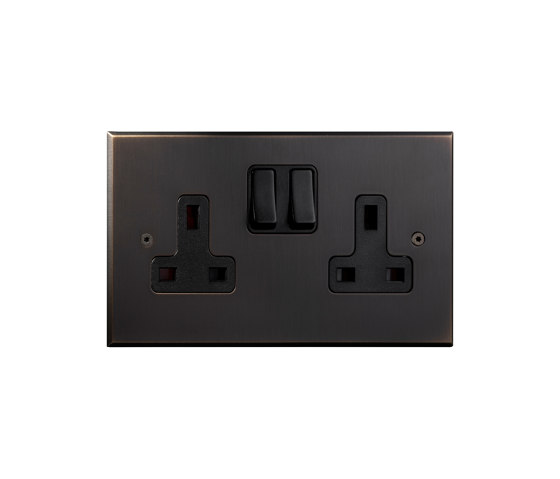 Cullinan - Medium bronze - Two UK sockets by Atelier Luxus | Toggle switches