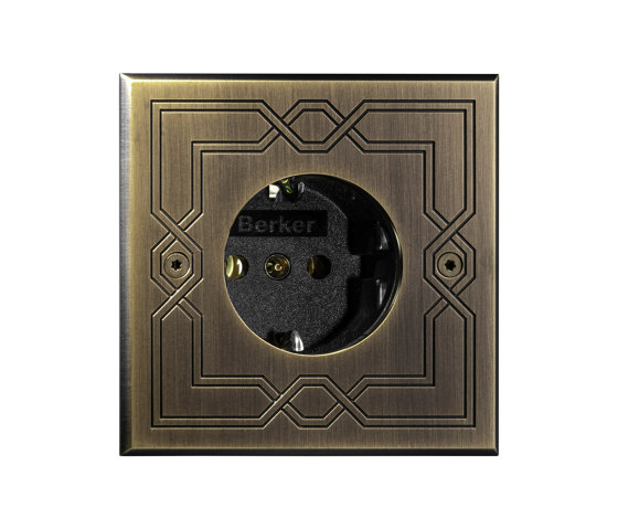 Hope - Old gold - Socket + engraving by Atelier Luxus   Schuko sockets