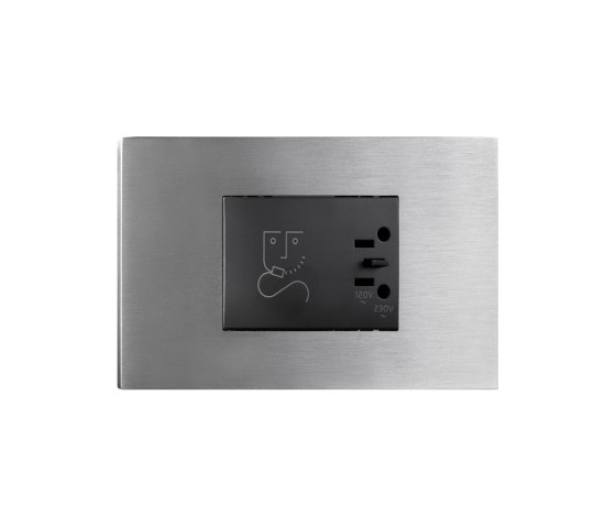 Cullinan - Brushed nickel - shavingsocket by Atelier Luxus