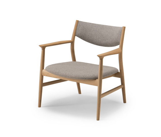Kamuy Lounge Chair - Upholstered de Conde House | Sillones