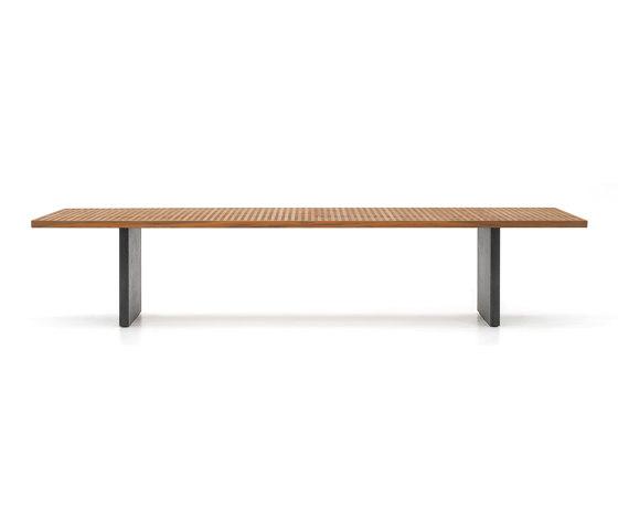 "Quadrado ""Dining"" table by Minotti | Dining tables"