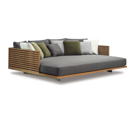 Quadrado double daybed by Minotti | Sun loungers
