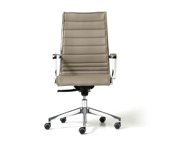 Auckland by Diemme   Chairs