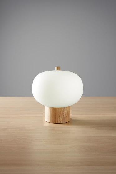 ilargi Table de GROK | Lámparas de sobremesa