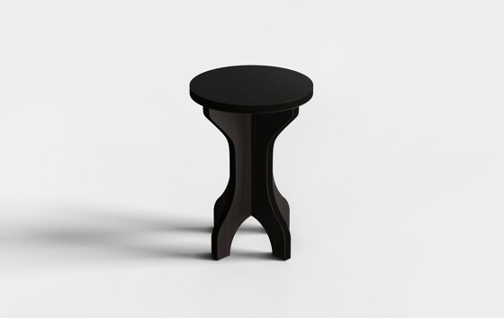 The Amsterdam standing table by Cartoni Design   Standing tables