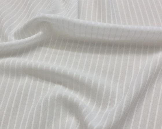 Soufflé CS Pin - 31 white di nya nordiska | Tessuti decorative