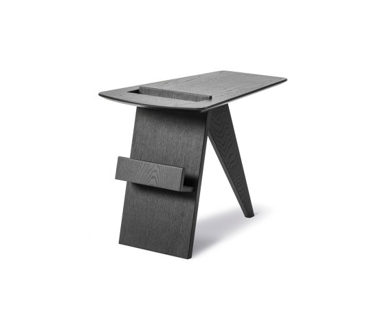 Risom Magazine Table by Fredericia Furniture | Side tables