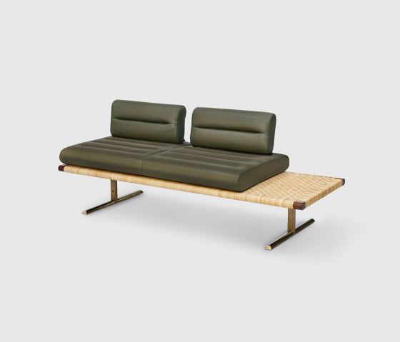El Raval Sofa di Man of Parts | Panche