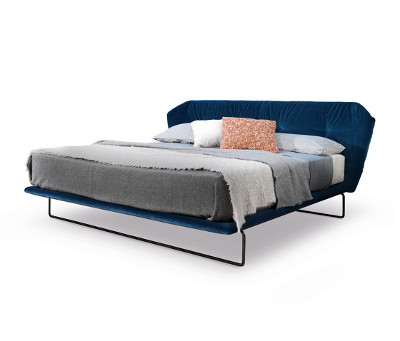New York  Bed by Saba Italia | Beds