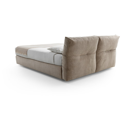 Newbridge Bed de Flexform | Camas