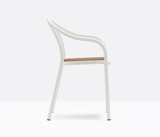 Soul Outdoor 3746 by PEDRALI | Chairs