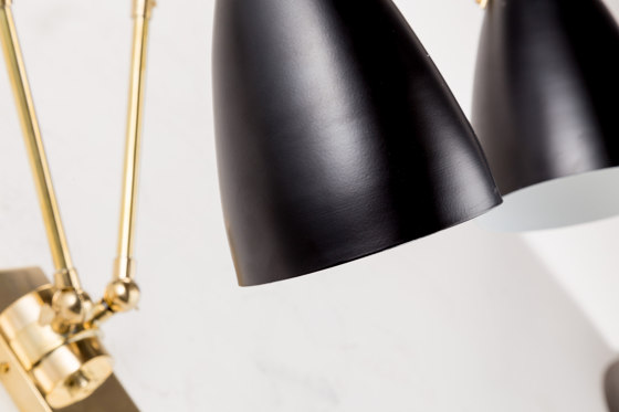 Wormhole | Jointed vintage Wall light de Il Bronzetto - Brass Brothers & Co | Appliques murales