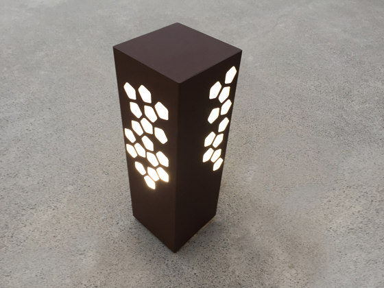LED pathway light | BN 014 by LYX Luminaires | Outdoor floor-mounted lights