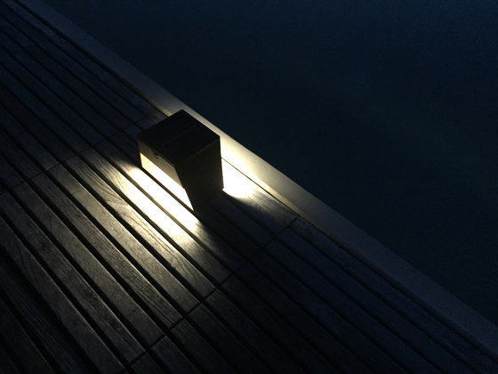 SOLAR pathway light | BTS 125 by LYX Luminaires | Outdoor floor-mounted lights