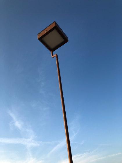 Borne SOLAIRE | TEE XL de LYX Luminaires | Encastrés sol extérieurs