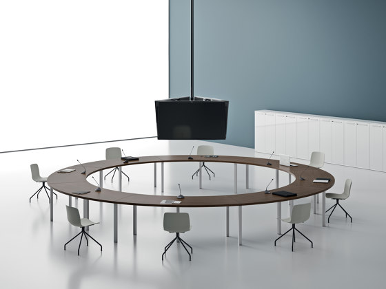 SPECIAL_TABLES di DVO | Tavoli contract
