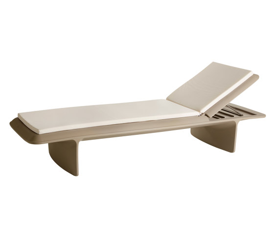 Ponente by Slide | Chaise longues