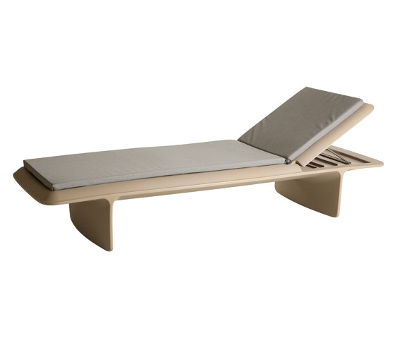 Ponente by Slide   Chaise longues