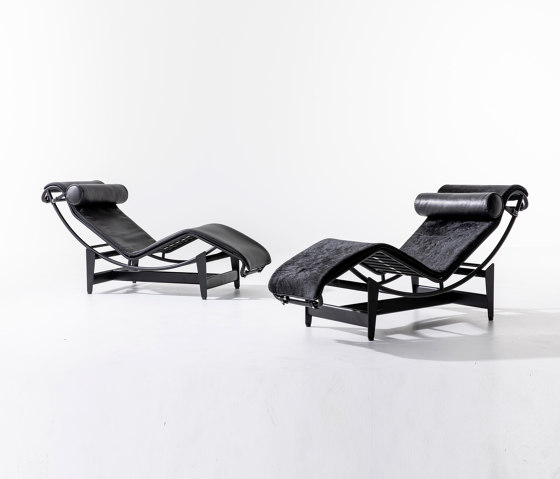 LC4 Noire by Cassina | Chaise longues