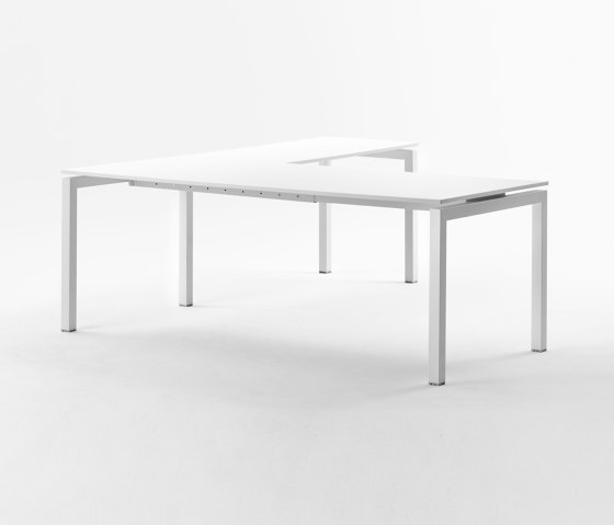 Fifty 50 214 by Mara | Desks