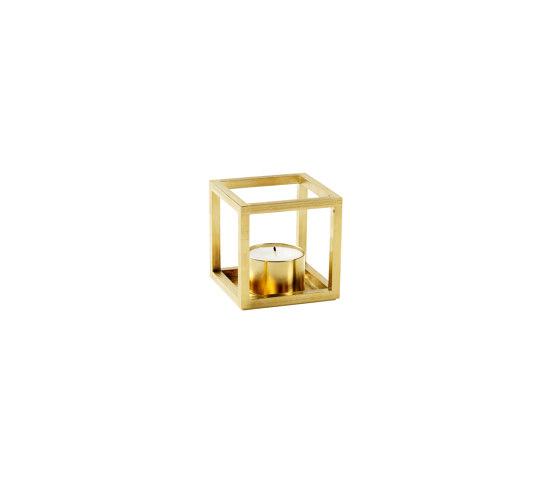 Kubus T brass de by Lassen | Candelabros