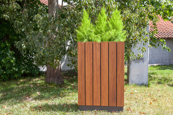 Wade Rectangle Planter by Sit | Plant pots