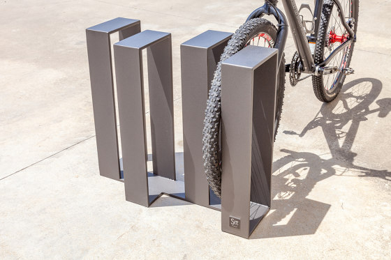 Wade Bicycle Rack by Sit   Bicycle stand systems