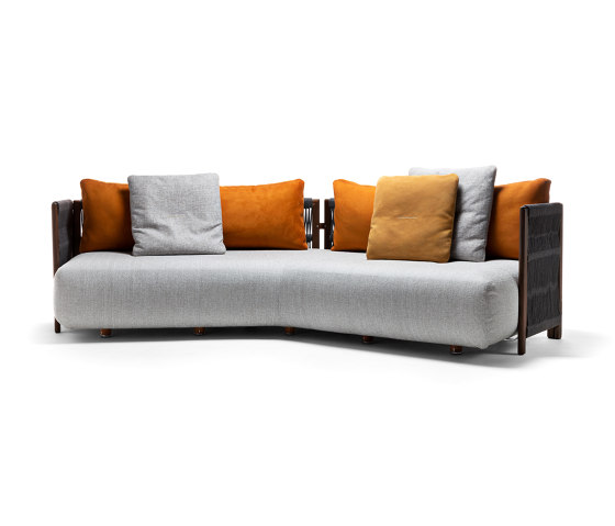 Levante Sofa by Exteta | Sofas