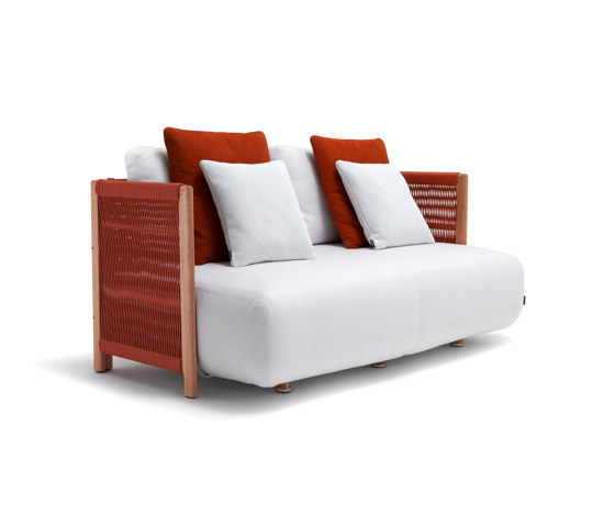 Levante Sofa by Exteta | Sofas