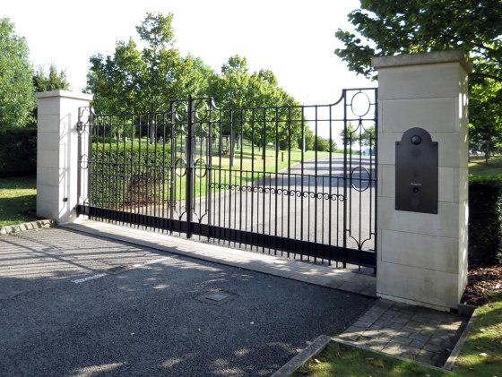 Gates   Rolls Royce by Bergmeister Kunstschmiede   Boundaries